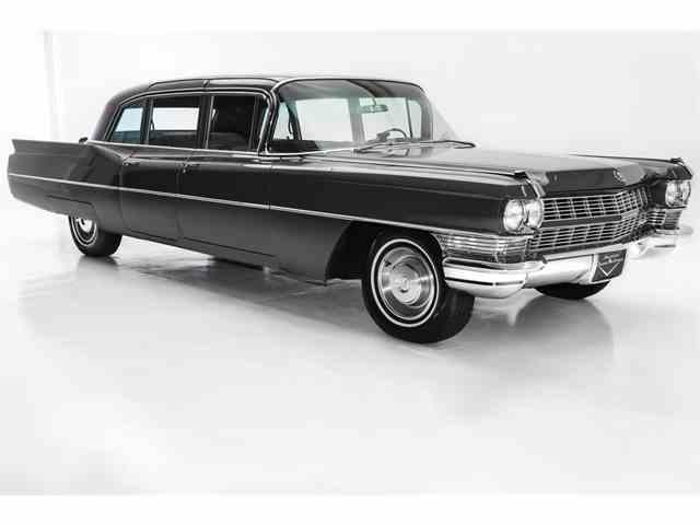 1965 Cadillac Limousine   1008095