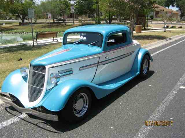 1934 Ford 3-Window Coupe | 1008188
