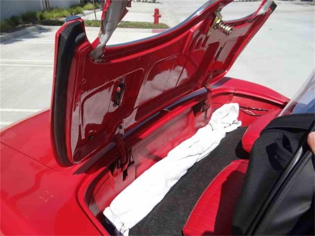 Large Picture of '62 Corvette - LG8T