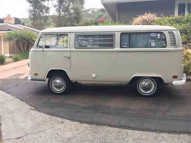 1972 Volkswagen Bus | 1008457