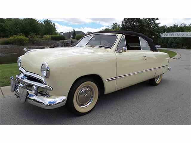 1949 Ford Custom Club Convertible | 1008494