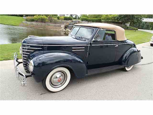1939 Plymouth Deluxe Convertible Coupe | 1008497