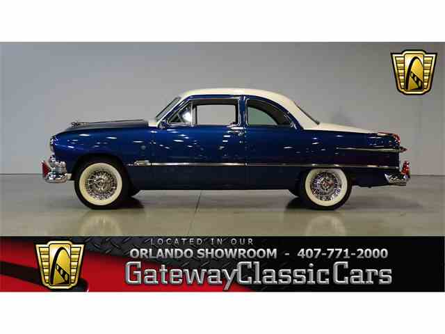 1951 Ford Custom | 1008523