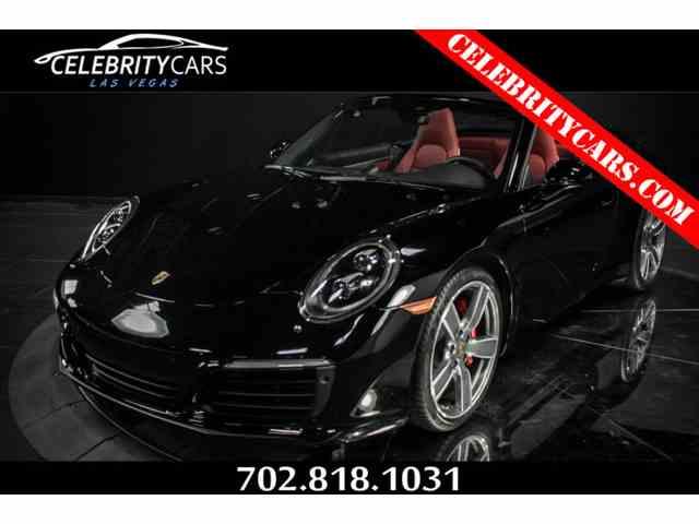 2017 Porsche 911 | 1008577