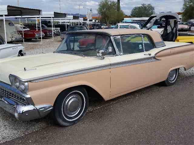 1959 Ford Skyliner | 1009078