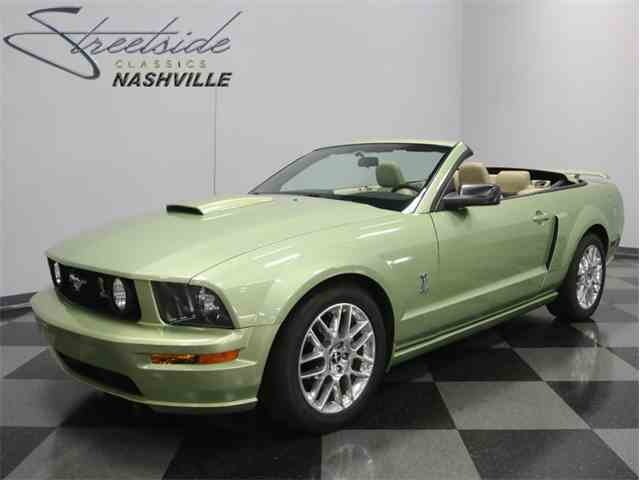 2006 Ford Mustang   1009104