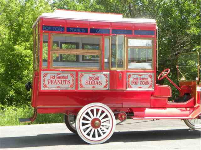 1912 Ford Model T Popcorn Truck | 1009558