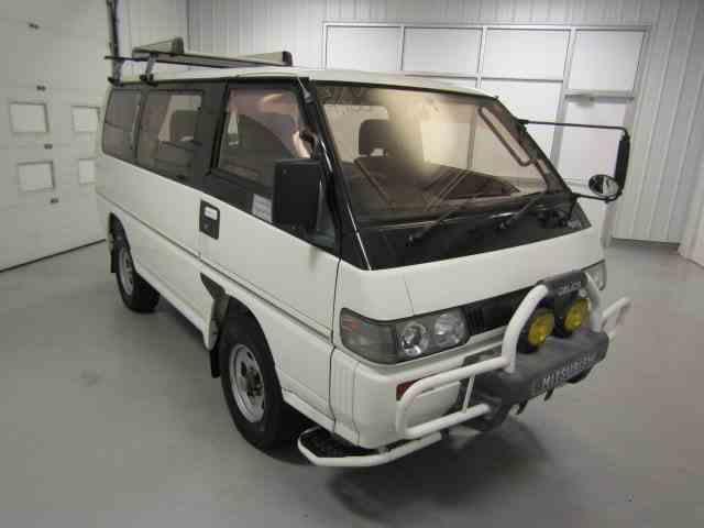 1991 Mitsubishi Delica | 1009747