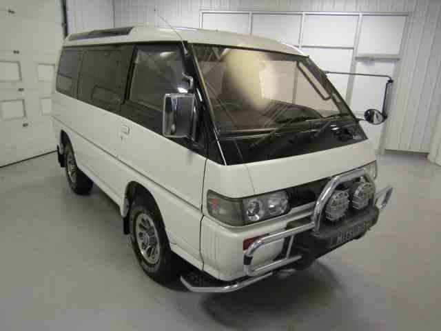 1992 Mitsubishi Delica | 1009750