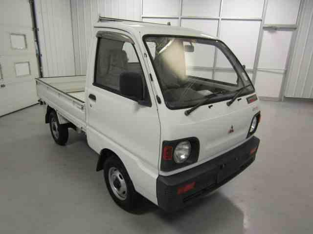 1992 Mitsubishi MiniCab   1009759