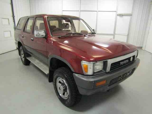 1990 Toyota HiLux Surf | 1009848