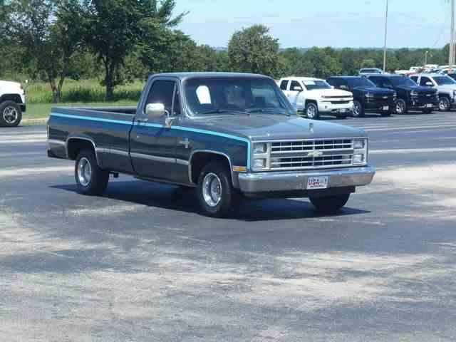 1987 Chevrolet 1/2 Ton Pickup | 1009984