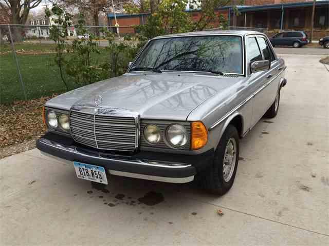 1980 Mercedes-Benz 300D | 1011264