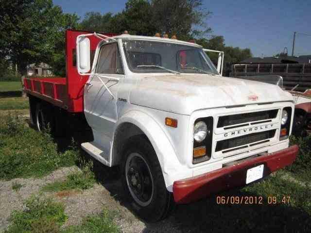 1970 Chevrolet C-50 Grain Truck | 1011294