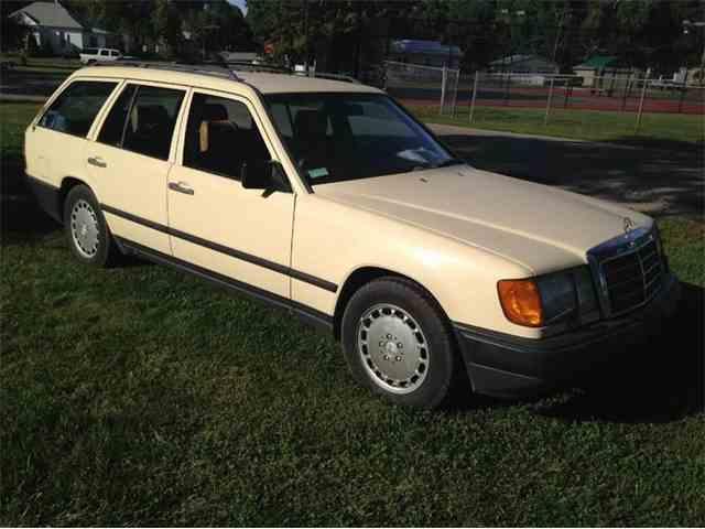 1987 Mercedes-Benz 300 | 1011313