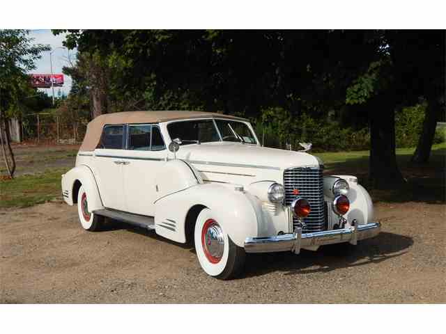 1938 Cadillac V16   1011345