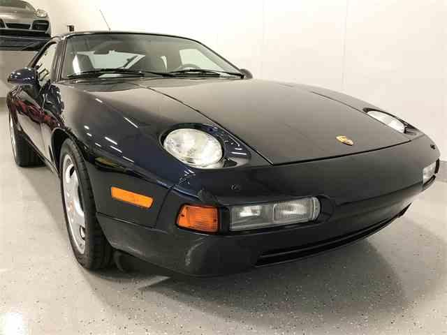 1993 Porsche 928 | 1011352