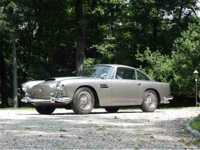 1961 Aston Martin DB4 | 1011374