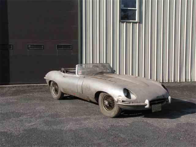 1965 Jaguar XKE | 1011377
