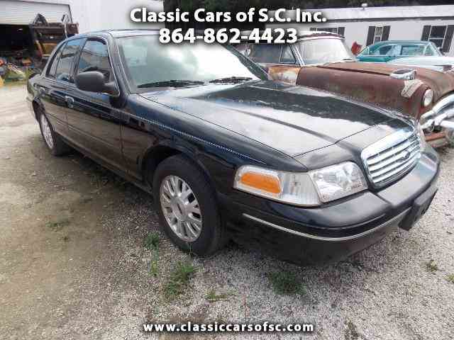 2004 Ford Crown Victoria | 1011430