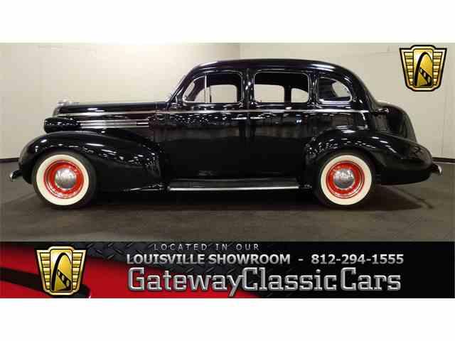 1937 Oldsmobile Sedan | 1011471