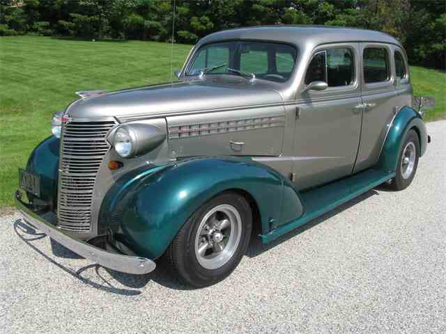 1938 Chevrolet Deluxe | 1011675