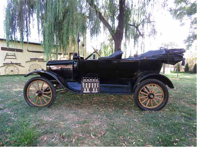 1917 Ford Model T | 1011696