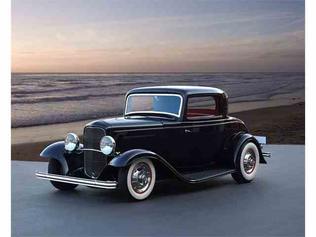 1932 Ford 3-Window Coupe | 1011858