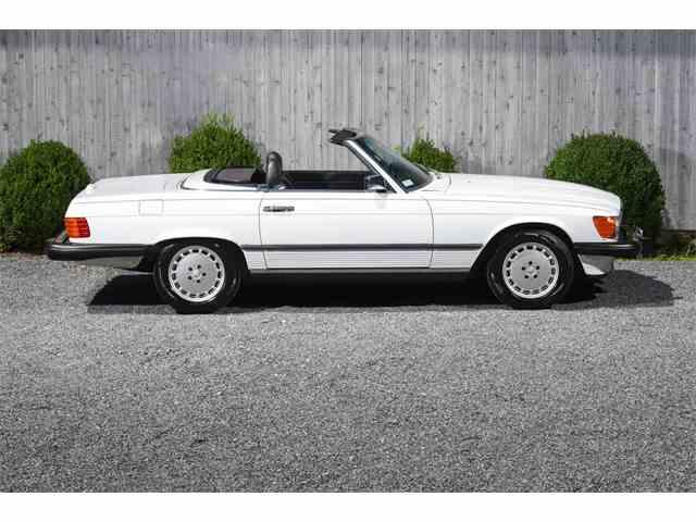 1989 Mercedes-Benz 560 | 1011905