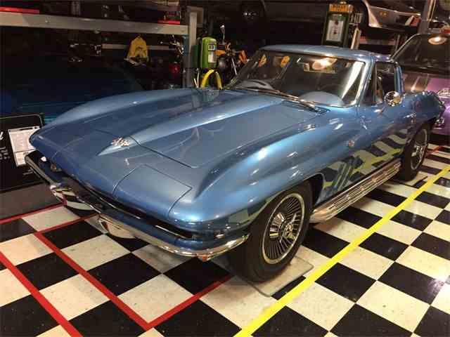 1965 Chevrolet Corvette (Shinoda/Mears)   1011962