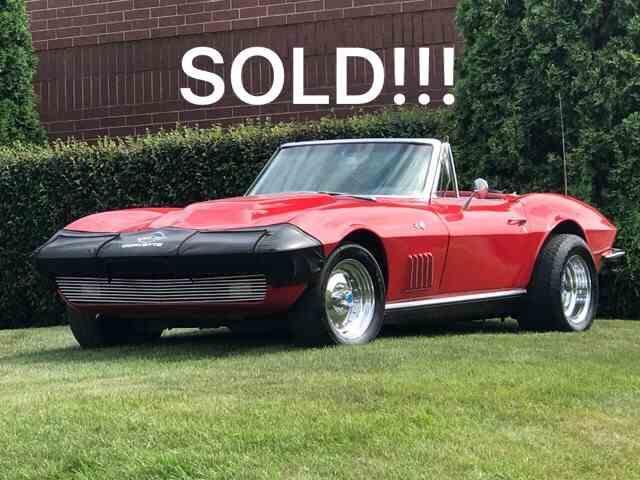 1963 Chevrolet Corvette | 1012028