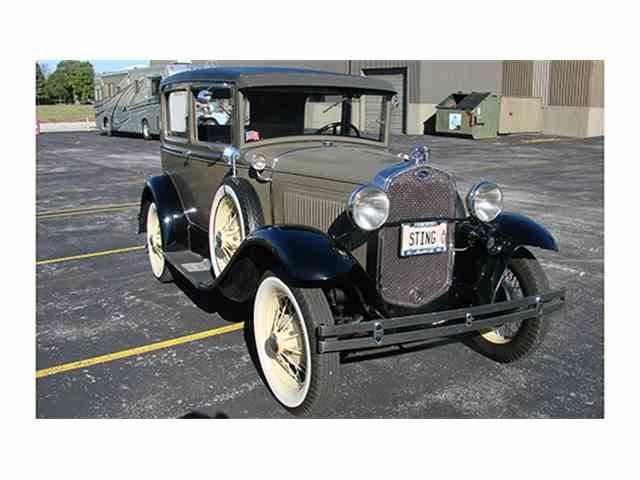 1930 Ford Model A Tudor Sedan | 1012071