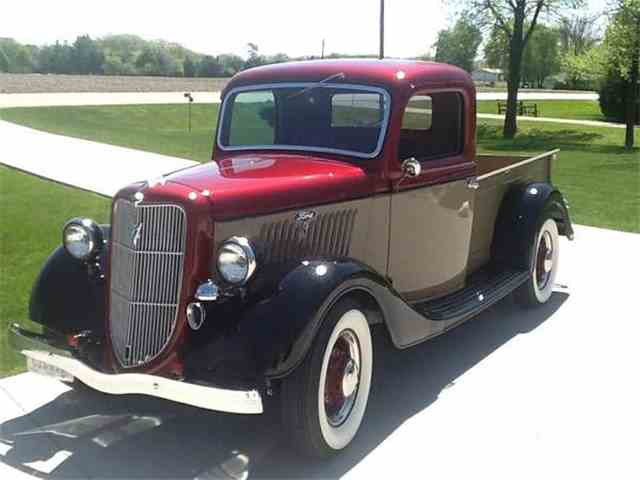 1935 Ford Pickup | 1012150