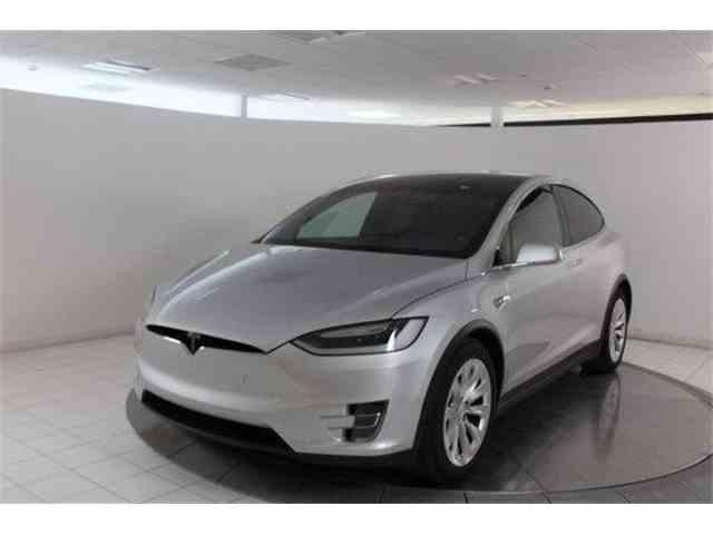 2017 Tesla Model X 75D | 1012164