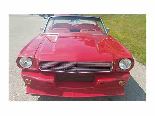 1965 Ford Mustang Convertible Restomod | 1012178