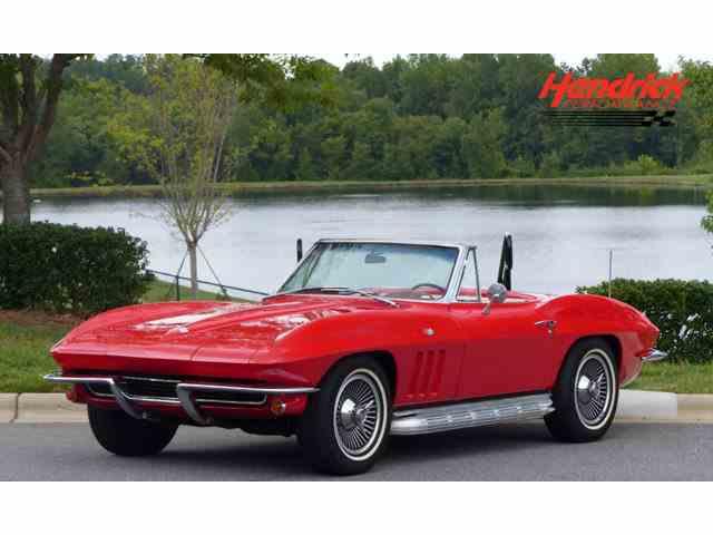 1965 Chevrolet Corvette | 1012238