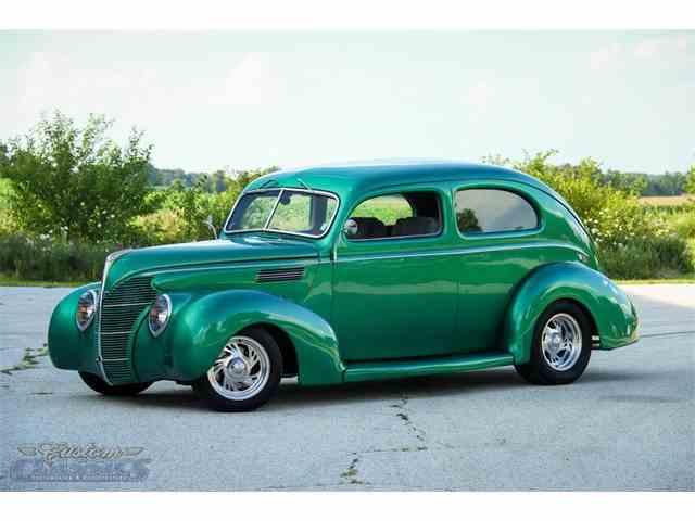 1939 Ford Sedan | 1012250