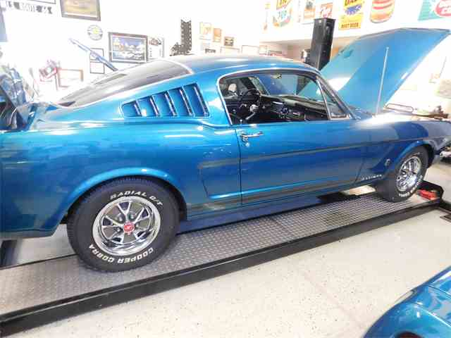 1965 Ford Mustang | 1012329