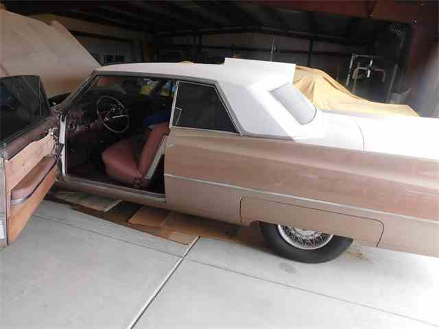 1963 Cadillac Coupe DeVille | 1012522