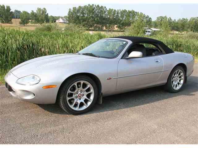 2000 Jaguar XKR | 1010284