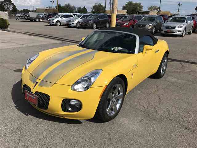 classic pontiac solstice for sale on 19 available. Black Bedroom Furniture Sets. Home Design Ideas