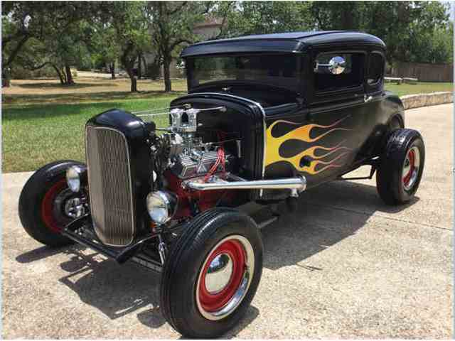 1931 Ford 5 window Coupe Model A | 1012984
