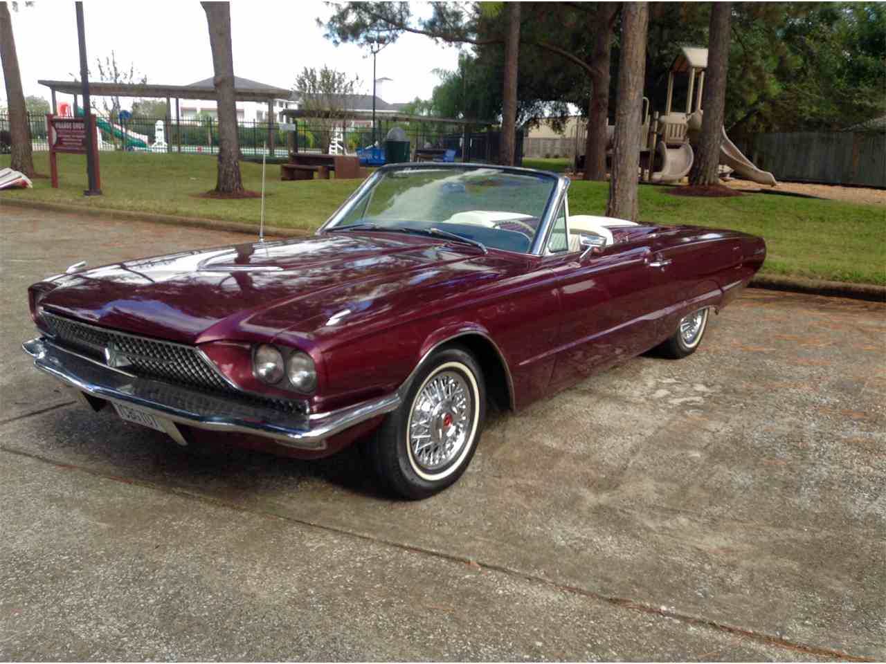 1966 ford thunderbird for sale cc 1013296. Black Bedroom Furniture Sets. Home Design Ideas