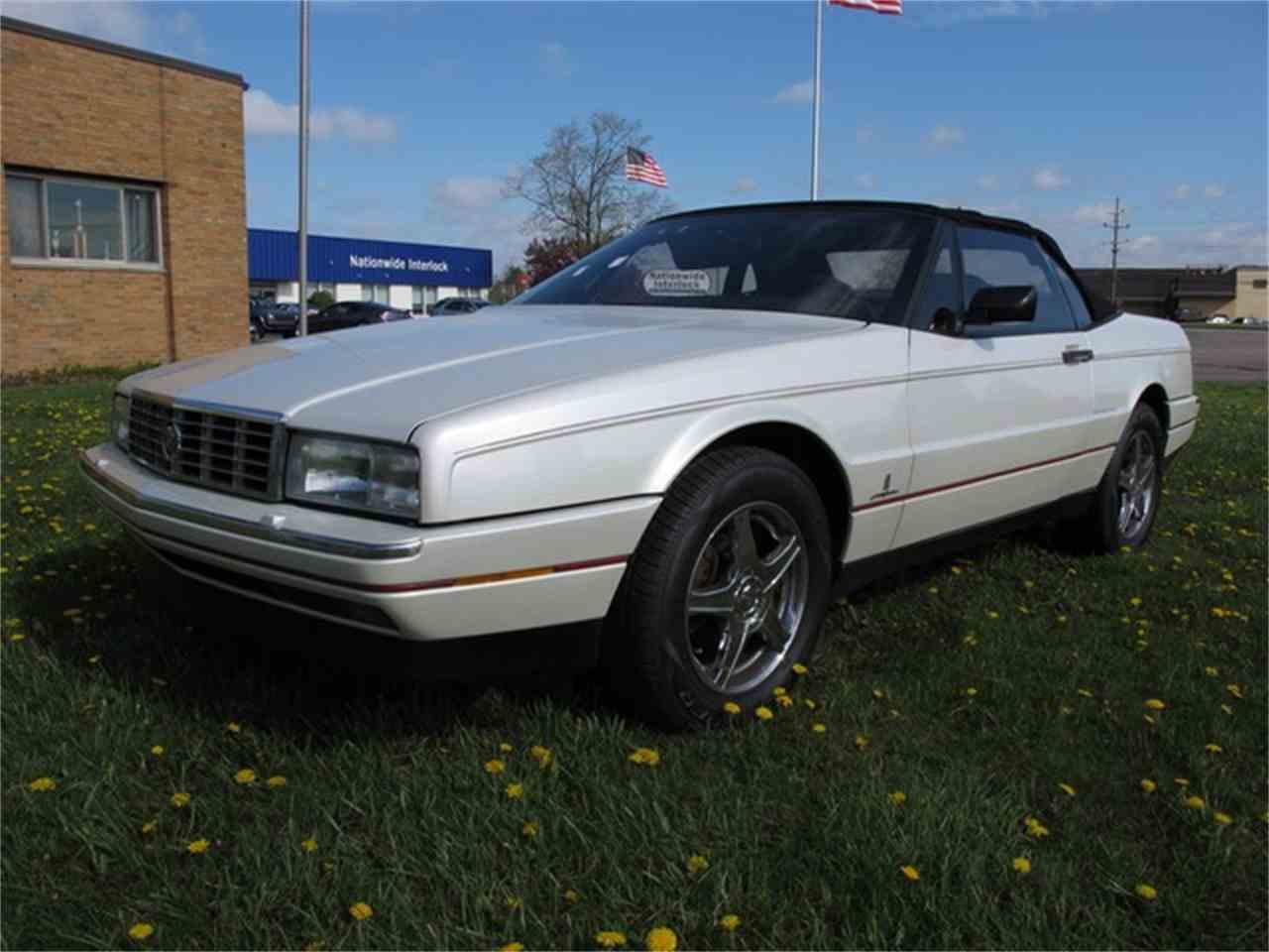 Large Picture of '89 Allante - LQF8