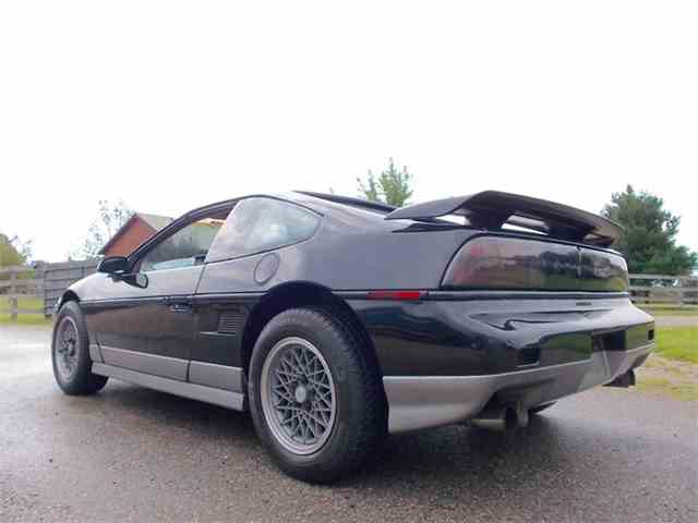 Picture of 1987 Fiero located in Indiana - LQGZ
