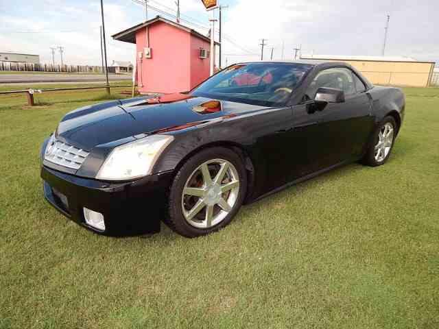2004 Cadillac XLR | 1014390