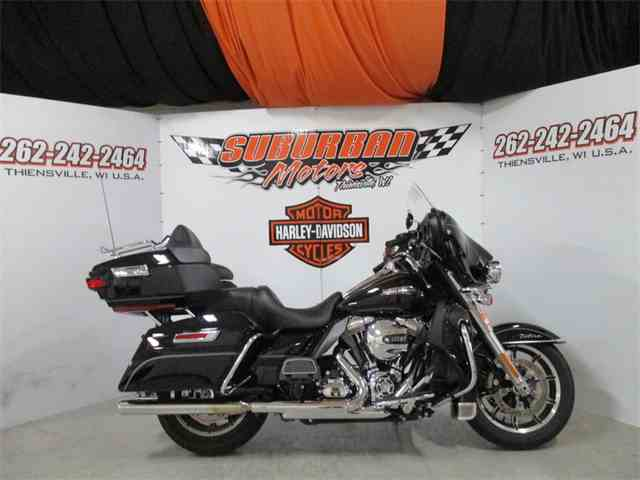 2016 Harley-Davidson® FLHTCU - Electra Glide® Ultra Classic® | 1014466