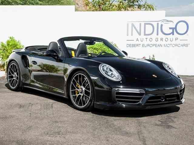 2017 Porsche 911 | 1014477