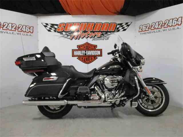 2016 Harley-Davidson® FLHTCU - Electra Glide® Ultra Classic® | 1014480