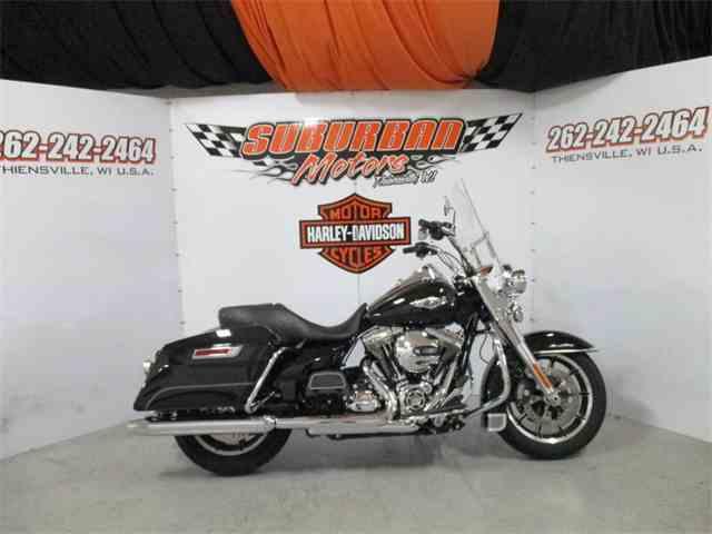 2016 Harley-Davidson® FLHR - Road King® | 1014484